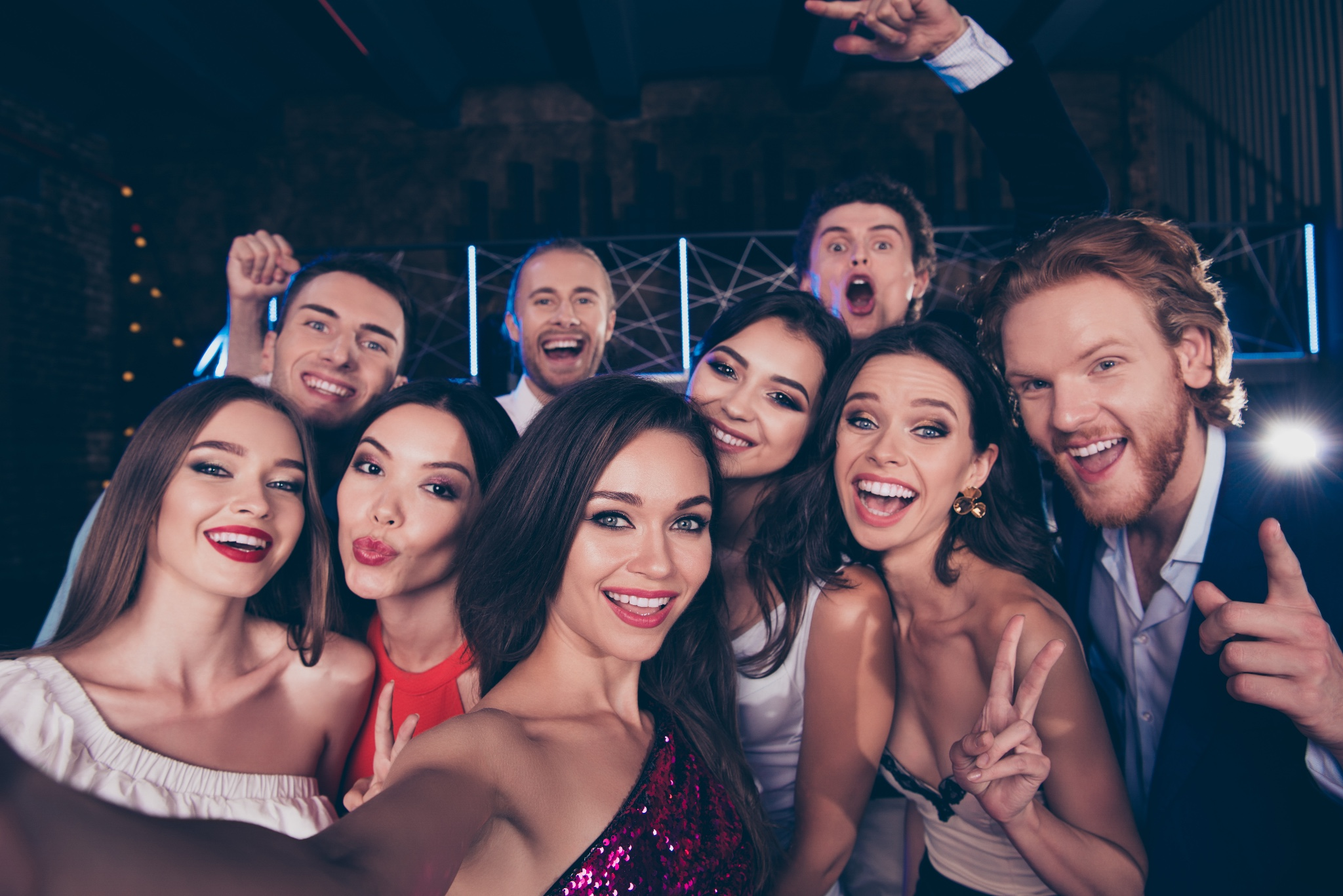 canva-group-of-diversity-attractive-gorgeous-stylish-trendy-friends-take-selfie-picture-on-nightclub-celebrate-event-on-meeting